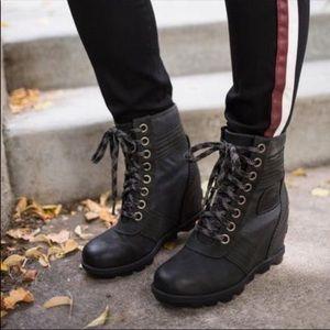 NWT Sorel Lexie Wedge Ankle Bootie Black size:9